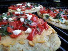 Peppadew & Hummus Grilled Naan Pizza - Tailgate365.com
