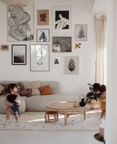 Unique Home Decor .Unique Home Decor Living Room Interior, Home Living Room, Living Room Decor, Bedroom Decor, Wall Decor, 60s Bedroom, Living Room Inspiration, Home Decor Inspiration, Decor Ideas