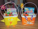 Easter basket made out of an ice cream carton! Easter Baskets To Make, Easter Crafts For Kids, Projects For Kids, Craft Projects, Recycling Projects, School Projects, Craft Ideas, Easter Buckets, Ice Buckets
