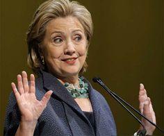 Acertijo: ¿Qué expresa Hillary Clinton con este gesto?