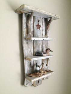 Naturally beautiful textures can be brought into the picture to wise use of driftwood pieces, pieces that can be combined