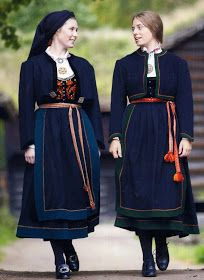 FolkCostume&Embroidery: Overview of Norwegian Costumes, part The eastern heartland Folk Fashion, Ethnic Fashion, Fashion Art, Fashion Design, Norwegian Clothing, Costumes Around The World, Folk Costume, Traditional Dresses, Norway