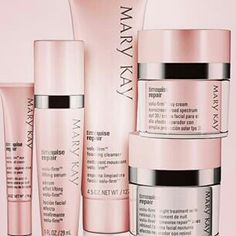 Marykay repair Timewise repair volu-firm set ::::::: foaming cleanser ::::: lifting serum :::::day cream sunscreen broad spectrum SPF 30 :::::night treatment with retinol ::::: eye renewal cream Mary Kay Other Mary Kay Cosmetics, Lr Beauty, Beauty Hacks, Beauty Tips, Mary Kay Guatemala, Timewise Repair, Maquillage Mary Kay, Loción Facial, Selling Mary Kay