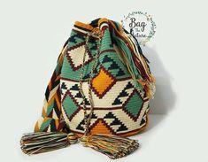 모칠라백 도안 & 패턴 공유(보는방법) : 네이버 블로그 Tapestry Bag, Tapestry Crochet, Crochet Handbags, Crochet Purses, Crochet Bags, Mochila Crochet, Crochet Backpack, Mode Blog, Boho Bags
