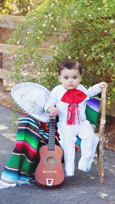 "Mexican boy dressed as a ""charro"".  Niño mexicano vestido de charro."