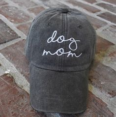 ddd7998985d Monogrammed Dog Mom womans baseball Hat. Outfits With HatsCute ...