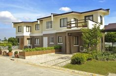 Alice Townhouse Model  lancaster Estates Imus Cavite  20 minutes from SM Mall of Asia