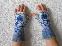 Felted Fingerless Gloves READY TO SHIP Arm warmers Felted Mittens Fingerless mittens Gift for girlfriend Gift for her