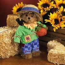 Pumpkin Time-Boyds Bears #4019169 Jim Shore Exclusive Adorable scarecrow bear featuring Jim Shore's signature colors and intricate embroidered accents throughout outfit and hat and detailing on crow's feathers. Wears blue quilted patchwork pants with twine 'hay' accents and holds quilt stitched pumpkin.size
