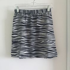 Black + White Tiered Mini Skirt MICHAEL Michael Kors Tiered Skirt. Black+White striped patterns. Elastic waist. size 2 (would for size 2-4) MICHAEL Michael Kors Skirts Mini