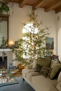 Who would have thought - a very spare tree adorned with only a few ornaments and tiny  lights - a wonderfully different holiday look!! O Christmas Tree | A Flippen Life