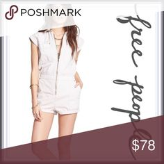 """Free People Utility Romper ➖BRAND: Free People ➖SIZE: Large    ➖BUST: 20-21"""" flat and 42"""" all around    ➖WAIST ( relaxed ) : 17"""" flat and 34"""" all around    ➖HIPS: 21"""" flat and 43"""" all around    ➖LENGTH: 35""""   ➖INSEAM: 1.75""""   ➖RISE (to the waist) : 15""""  ➖STYLE: Boho Zip up Utility Romper : featuring an exposed front zip up with rolled hemlines and elastic detailing at the back of the waist and side pockets!  ➖MATERIAL: 100% cotton   ❌NO TRADE   426807 Free People Pants Jumpsuits & Rompers"""