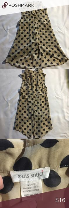 """Sans Souci polka dot sleeveless blouse, sz S. Sans Souci polka dot blouse, sz S. Tan with black polka dots. Collared, button down, hi-lo blouse with cute button sinching/gathering detail on back. Sheer, 100% polyester. About 16 1/2"""" arm pit to arm pit. 24"""" front length, 31"""" back length. EUC. No flaws! Sans Souci Tops Blouses"""