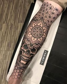 Calf Tattoos For Guys - Best Leg Tattoos For Men: Cool Lower, Upper, Side L.Sick Calf Tattoos For Guys - Best Leg Tattoos For Men: Cool Lower, Upper, Side L. Latest Mehndi Designs with Pictures to Try In 2019 Upper Leg Tattoos, Full Leg Tattoos, Small Tattoos, Side Of Leg Tattoo, Calf Tattoos For Guys, Hand Tattoos, Sexy Tattoos, Tribal Tattoos, Polynesian Tattoos