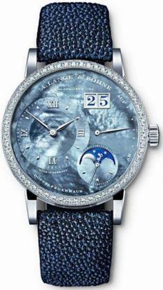 819.049 часы A.Lange and Sohne The Little Lange 1 Moonphase Limited Edition 150 - швейцарские часы наручные
