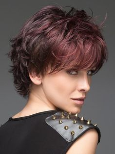 Buying a perfect Wavy Auburn Short Best Synthetic Monofilament Wigs is hot sale here. Short Layered Haircuts, Short Hairstyles For Thick Hair, Short Hair Cuts For Women, Cool Hairstyles, Layered Hairstyles, Haircut Short, Hairdos, Medium Hair Styles, Curly Hair Styles