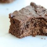 Purely Fruit Sweetened Brownies  200 grams baking chocolate (unsweetened chocolate) ½ teaspoon baking soda 200 grams pitted dates (about 10 ...