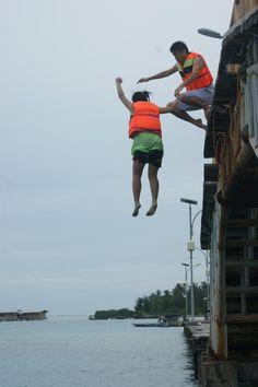 @TesszDj: nantang diri sendiri for jumping itu #BikinHidupSehidupnya