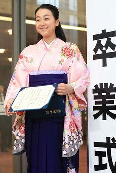 【写真特集】浅田真央:中京大を卒業…「これからもリンクを基点に」 - 毎日新聞