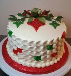 Could use a variation of a bauble design and Holly onto a small round or square cake. Christmas Cake Designs, Christmas Cake Decorations, Christmas Cupcakes, Christmas Sweets, Christmas Cooking, Holiday Cakes, Christmas Goodies, Holiday Baking, Christmas Desserts