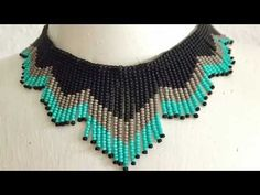 Fringe Necklace Tutorial Combines Loom and Off Loom Beading Beaded Bracelet Patterns, Bead Loom Patterns, Beading Patterns, Bead Jewellery, Seed Bead Jewelry, Jewelry Making Tutorials, Beading Tutorials, Beading Ideas, Video Tutorials
