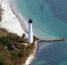 Cape Florida Lighthouse, Florida at Lighthousefriends.com