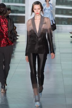 Sfilata Antonio Berardi Londra - Collezioni Primavera Estate 2015 - Vogue