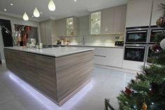 Floating Kitchen Island Design - Modern wood kitchen island - Discover more at www.lwk-home.com