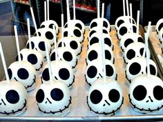 Spooktacular DIYs Inspired By The Nightmare Before Christmas 30 - https://www.facebook.com/diplyofficial