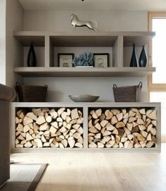 You need a indoor firewood storage? Here is a some creative firewood storage ideas for indoors. Lots of great building tutorials and DIY-friendly inspirations! Decor, Storage Fireplace, Wood Store, Wood Storage, Living Room Diy, Living Room Designs, Firewood Storage Indoor, Home Decor, House Interior