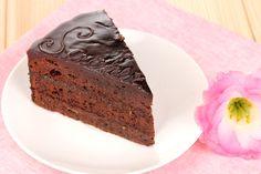Pompás békebeli Sacher-torta