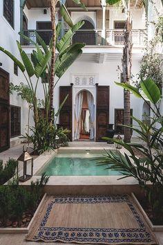 Moroccan and bohemian exterior of garden/patio, // Ethnic Chic Oase Pool Leben im Freien Riad Jaaneman - Marrakech, Morocco Refined,. Exterior Design, Interior And Exterior, Outdoor Spaces, Outdoor Living, Outdoor Pool, Outdoor Decor, Casa Patio, Pool Designs, Interior Architecture