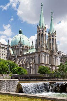 Catedral da Sé - Praça da Sé , centro velho de São Paulo - SP