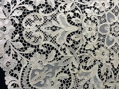 z pařížské výstavy krajek, zdroj: http://chambredescouleurs.france-i.com/wp-content/uploads/2011/02/11021_m083.gif