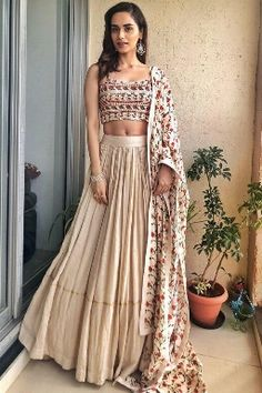 Latest Collection of Lehenga Choli Designs in the gallery. Lehenga Designs from India's Top Online Shopping Sites. Indian Lehenga, Lehenga Designs, Dress Indian Style, Indian Dresses, Indian Wedding Outfits, Indian Outfits, Indian Attire, Indian Wear, Indian Designer Outfits
