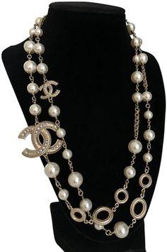 7f4696fbcb683d Chanel Light Gold Tone Cc Ships Same/Next Day. Necklace - Tradesy Chanel  Necklace
