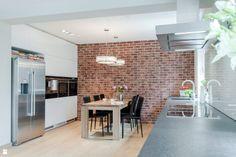 Udomowiony minimalizm - Kuchnia - Styl Minimalistyczny - Davide Interiors