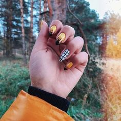 50 stunning acrylic nails inspiration - Page 30 of 50 - Rubyrui Glitter Gel Nails, Aycrlic Nails, Cute Acrylic Nails, Nail Manicure, Hair And Nails, Fire Nails, Colorful Nail Designs, Nagel Gel, Pastel Nails