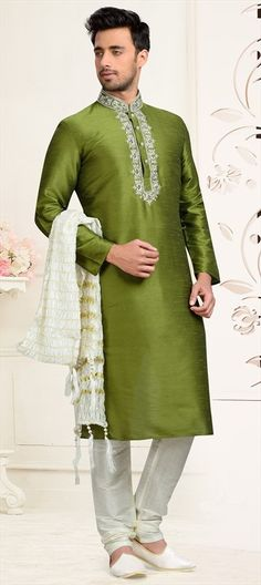Looking different from others with this Green Dhupion Art Silk Wedding Kurta with wedding Collection . This festive Kurta contains Cream colored Dhupion Art Silk Fabric Bottom. This festive Kurta contains thread work on Top and contains Stone Buttons. Indian Wedding Wear, Indian Wear, Desi Wedding, Online Shopping Usa, Online Clothing Stores, Moda Indiana, Gents Kurta, Kurta Men, White Kurta