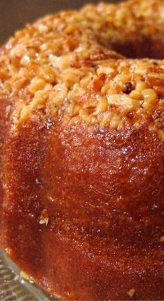 Golden Rum Cake ~ Very moist and tasty. The butter rum glaze makes it special - Absolutely wonderful Recipes and yummy cake tips Köstliche Desserts, Delicious Desserts, Dessert Recipes, Dessert Healthy, Golden Rum Cake Recipe, Best Rum Cake Recipe, Bacardi Rum Cake Recipe From Scratch, Rum Cake Icing Recipe, Duncan Hines Rum Cake Recipe