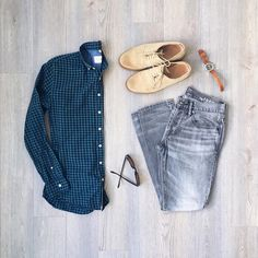 """#ReleasedStyle """"green doesn't get enough play in my wardrobe"""" by @mitchyasui 😋🙏 - Shirt: Frankandoak - Denim: Gap - Shoes: Jcrew - Sunglasses: Warbyparker - Watch: Timex x Redwingheritage - #Menshoes #Style #Outfitinspirations #Dapper #OutfitOfTheDay #Mensfashion #Menswear #MenWithStyle #SimpleFits #Shoes #Outfitfromabove #Outfitoftheday #MenStyle #Flatlays #Flatlay"""