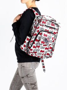 100% hands-free option - #Ju-Ju-Be for #HelloKitty backpack works for Moms, Moms-to-be and regular gals