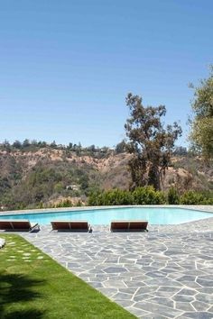 The Best Celebrity Swimming Pools | Teen Vogue