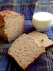 Kerniges Haferflocken-Brot Even before we got our KitchenAid, I really enjoyed sharing with others a Kitchenaid, Oatmeal Bread, Baked Oats, Healthy Breakfast Smoothies, Paleo Breakfast, Food Blogs, Bread Baking, Bread Recipes, Bakery