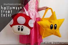 How to make Halloween Treat Totes to match your costume - Tutorial Princess Peach Halloween Costume, Family Halloween Costumes, Diy Costumes, Halloween Diy, Halloween Candy, Costume Ideas, Mario And Luigi Costume, Mario Kart Costumes, Mario Brothers Costumes