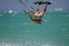 "Kitesurf & kiteboard Girls by SansBikini.com the new change Back ""Kite Sans Bikini 2015"""