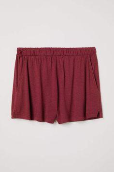 a0f1f7fb7b Las 19 mejores imágenes de pantalones burdeos y vaqueros outfit en ...