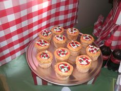 Cupcakes at a Pizza Party #pizza #party
