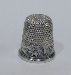 c.1890 Thimble - Webster - Sterling Silver - Daisies