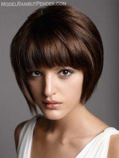 Model-Rambut-Pendek-mengembang